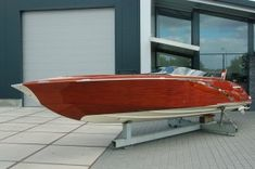 Walth 1075 built by Walth Boats Holland twin Ilmor V10