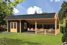 met veranda In this Kapschuur there is seating for the best of all . Pergola Garden, Backyard Sheds, Outdoor Sheds, Backyard Patio, Backyard Landscaping, Pergola Kits, Barn House Plans, Shed Plans, Bungalow