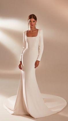 Minimal Wedding Dress, Elegant Wedding Dress, Elegant Dresses, Beautiful Dresses, Pretty Dresses, Elegant Bride, Vintage Dress Wedding, Dress For Wedding, Timeless Wedding Dresses