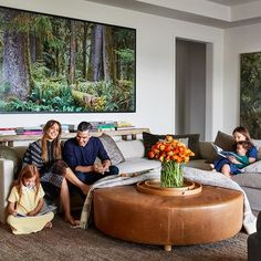 Step Inside Jessica Alba's Haven in Los Angeles - Modern Architectural Digest, Greenwich Village, Hollywood Hills, Jackson Hole, Ellen Degeneres And Portia, Family Room, Home And Family, Jessica Alba Style, Jessica Alba Fashion