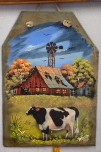 Painted Slate, Hand Painted Rocks, Farm Paintings, Animal Paintings, Autumn Painting, Tole Painting, Halloween Yard Art, Slate Art, Cow Art