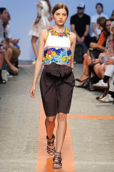Ring in Spring With These 4 Fresh Ways to Wear Florals