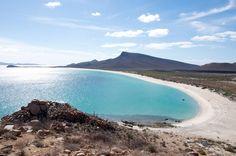 Playa Todos Santos en Baja California Sur. Foto: blog.cityexpress.com