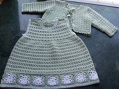 Green Baby Dress with White Flowers and Matching Jacket free crochet graph pattern