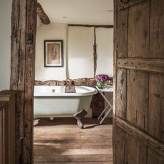Pollyanna | Luxury Self-Catering Cottage | Birlingham, Cotswolds Unique Cottages, Self Catering Cottages, Clawfoot Bathtub, Beams, Luxury, Country, Videos, Photos, Instagram