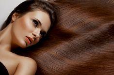 Aprenda a fazer um condicionador natural! Veja aqui uma receita de condicionador caseiro à base de ervas. Ideal para quem quer deixar o cabelo mais claro!