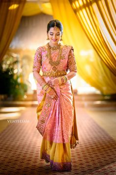 Wedding Sarees 93987 Embellished Bordered Kanjeevarams Are Here To Stay Bridal Sarees South Indian, Indian Bridal Outfits, Indian Bridal Fashion, Indian Sarees, Indian Wedding Sarees, South Indian Bride Jewellery, South Indian Weddings, Indian Bridal Makeup, Wedding Saree Blouse Designs