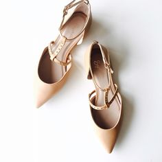 HP ✨ Studded Nude D'orsay Flats NWB. Excellent condition. Never worn. NO TRADES/PAYPAL. Seychelles Shoes Flats & Loafers