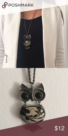 Owl Necklace Large owl pendant complements any simple shirt or casual dress! Forever 21 Jewelry Necklaces