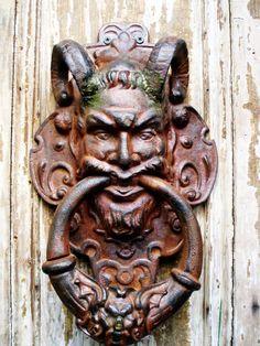 New Orleans Knobs And Knockers, Knobs And Handles, Door Knobs, Door Handles, Door Fittings, Ring My Bell, Door Entryway, Door Furniture, Bronze Age