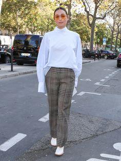 パリコレおしゃれ選手権:英国ムードなチェック柄が大流行!    FASHION   ファッション   VOGUE GIRL