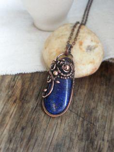 Lapis lazuli pendant Copper wire pendant  Navy blue stone necklace Lapis pendant Blue gemstone pendant