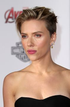 15 Haircut Ideas That Remind Us There Are Other Haircuts Besides The Lob