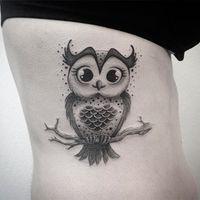 Tatuagem de coruja: por que fazer uma? A coruja é uma ave noturna, e, em muitas culturas, significa inteligência, conhecimento, sabedoria e mistério...