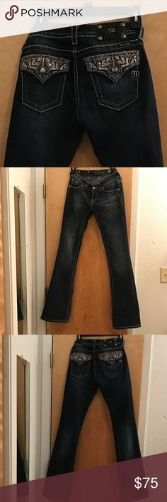 🎉REDUCED SALE🎉 Expires 5/27 1pmCST🎉 Free Gift Miss Me Jeans 26x33 (Long) Worn Twice - Excellent Condition - Never dried in a dryer - 98% Cotton 2% Spandex Miss Me Jeans Boot Cut