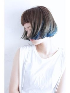 今流行りの髪色はインナーカラーでつくる!かっこかわいいスタイル集 | ギャザリー Medium Short Hair, Hair Art, Pretty Hairstyles, Hairstyles With Bangs, Hair Inspo, Hair Inspiration, Character Inspiration, Crazy Hair, Undercut