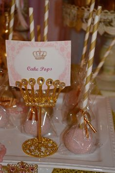 Royal cake pops at a Princess Party! Golden Birthday, Baby First Birthday, First Birthday Parties, Girl Birthday, First Birthdays, Birthday Ideas, Princess Theme, Baby Shower Princess, Disney Princess Party