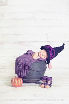 Crochet Halloween Witch Hat - LionandLambPhotos