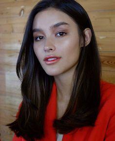 Liza Soberano, Gradient Lips, Filipina Actress, Ideal Girl, Brunette Models, Most Beautiful Faces, Beautiful Women, Dark Hair, Pretty Face