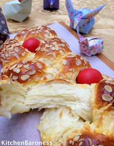 KitchenBaroness: Tsoureki Greek Easter Bread