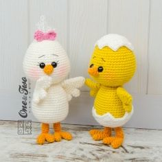 Coco the Little Chicken amigurumi by One and Two Company