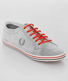 Frisch eingetroffen: der Fred Perry Kingston cloudburst. Toller Herren-Sneaker aus grauem Wildleder mit orangenen Akzenten. Perfekt für das neue Sommeroutfit! Get it here: http://www.numelo.com/fred-perry-kingston-p-24392617.html