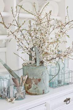 Simple Spring Interior Updates – Little Mill House Shabby Chic Dining Room, Shabby Chic Farmhouse, Shabby Chic Kitchen, Shabby Chic Homes, Shabby Chic Decor, Farmhouse Decor, Farmhouse Style, Shabby Cottage, Farmhouse Ideas