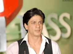 Shahrukh Khan said Money isn't important for him | Asianaires