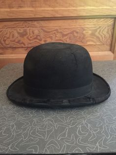a161569c36283 ... ed2ee754eca Antique Men s Black Felt Derby Bowler Hat Unbranded Bowler  ...