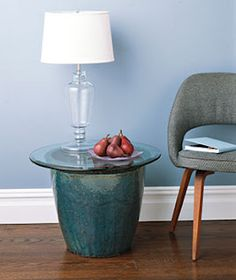 big pot for a side table...so creative