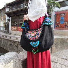 Vintage Handmade Hmong Tribal Etnicznych Thai Indian Boho Pościel Hafty kobiet Crossbody Torba Na Ramię Torebka sac Dos Femme w   uwaga: ten rozmiar informacje są w celach informacyjnych, proszę pozwolić 1-3 cm różnice  rozmiar: 42*35 cm/16.5 od Torby na ramię na Aliexpress.com | Grupa Alibaba
