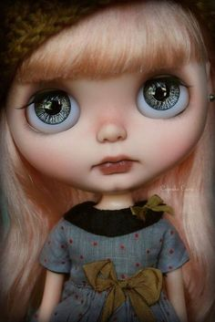 Cutie of the Day  by Cupcake Curio Check all Blythe Doll Customizers at www.dollycustom.com