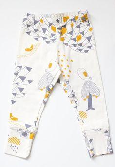 Papu Design Button Town Leggings for Kids Little Girl Fashion, Toddler Fashion, Kids Fashion, Cute Outfits For Kids, Cute Kids, Amelie, Textiles, Girls Pants, Kids Wear