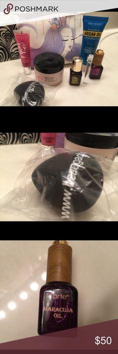 8 Super Posh Treats! Estée Lauder, Tarte, Marc Anthony, Victoria's Secret, Oil of Olay (full size), www.beaugachis.com makeup applicator sponge and makeup bag! All new! Tarte Makeup