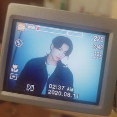 Jung Kook, Jungkook Aesthetic, Kpop Aesthetic, Foto Bts, Bts Photo, Baby Daddy, Mini Poster, Desenho New School, Bts Aesthetic Pictures