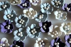 How to make blue / purple / white fantasy flowers with sugar pearls. Flowers from fondant / gum paste
