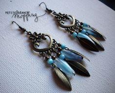 ♥ Boucles d'oreille cœur et plumes - Perles en verre bleues turquoises ♥ : Boucles d'oreille par celina-pearl-petite-seance-shopping