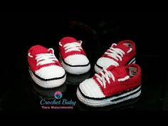YouTube Booties Crochet, Crochet Baby Shoes, Crochet Baby Clothes, Baby Booties, Crochet For Kids, Free Crochet, Crochet Accessories, Baby Hats, Baby Knitting