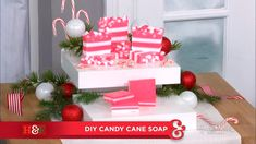 @fromscratchMP made her adorable DIY candy cane soap that's the perfect homemade gift to give to your loved ones!