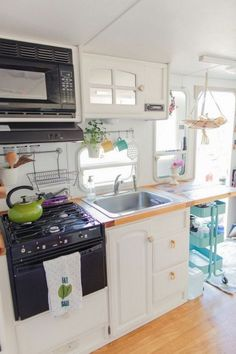 The Best DIY Remodeled Campers On a Budget Ideas No 05