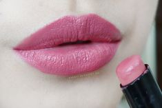 Wet n Wild MegaLast Lip Color Lip Swatch in Rose Bud Review - Pinterest @catherinesullivan2017✨