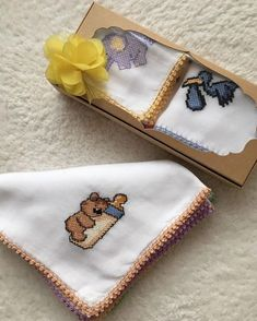 Embroidery Stitches, Hand Embroidery, Traditional Artwork, Glitter Dust, Needlepoint, Coin Purse, Cross Stitch, Tapestry, Instagram Posts