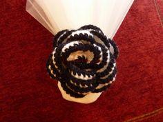 #ΓΑΜΟΣ ⁞ Μπομπονιέρα με διπλό τούλι και.. πλεκτό λουλούδι!