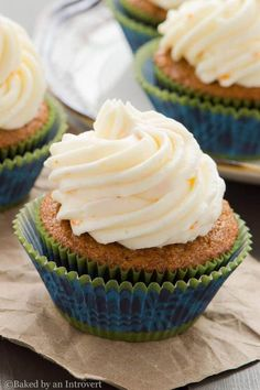 Gingerbread Cupcakes with Orange Mascarpone Frosting | Baked by an Introvert