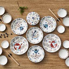 Iittala Taika Diep Bord Ø 22 cm Dinner Bowls, White Dinner Plates, Dinner Sets, Dinner Ware, Blue Dinnerware, Porcelain Dinnerware, Hygge Christmas, Kitchenware, Tableware