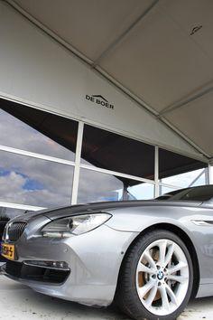 Macht sich gut in Kombination mit Automotiv-Events: Unsere vielfältig einsetzbare Anova Vista Zelthalle.