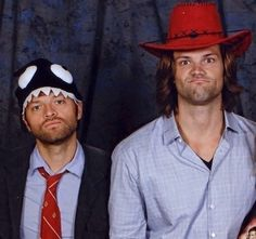Misha Collins and Jared Padalecki ~ What's not to love about this picture.