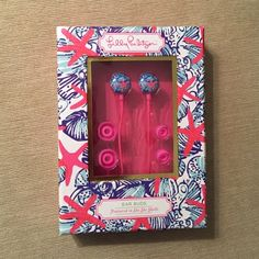 Lilly Pulitzer Ear Buds She She Shells pattern Lilly Pulitzer Accessories