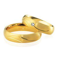 Très élégant, le Duo Helena & Roxana est en or jaune et diamant. Il appartient à notre collection prestige. Venez le découvrir sur notre site Internet: http://www.zeina-alliances.com/alliance-duo/3634-duo-helena-roxana.html
