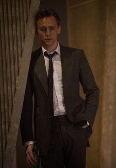 """Résultat de recherche d'images pour """"tom hiddleston high rise"""""""